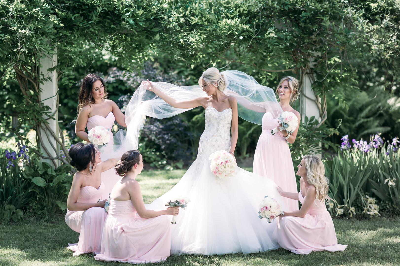 adamson-estate-wedding-bridal-party