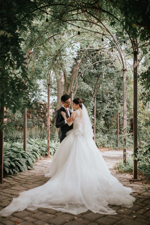 Casa Loma Toronto Wedding at the outdoor garden