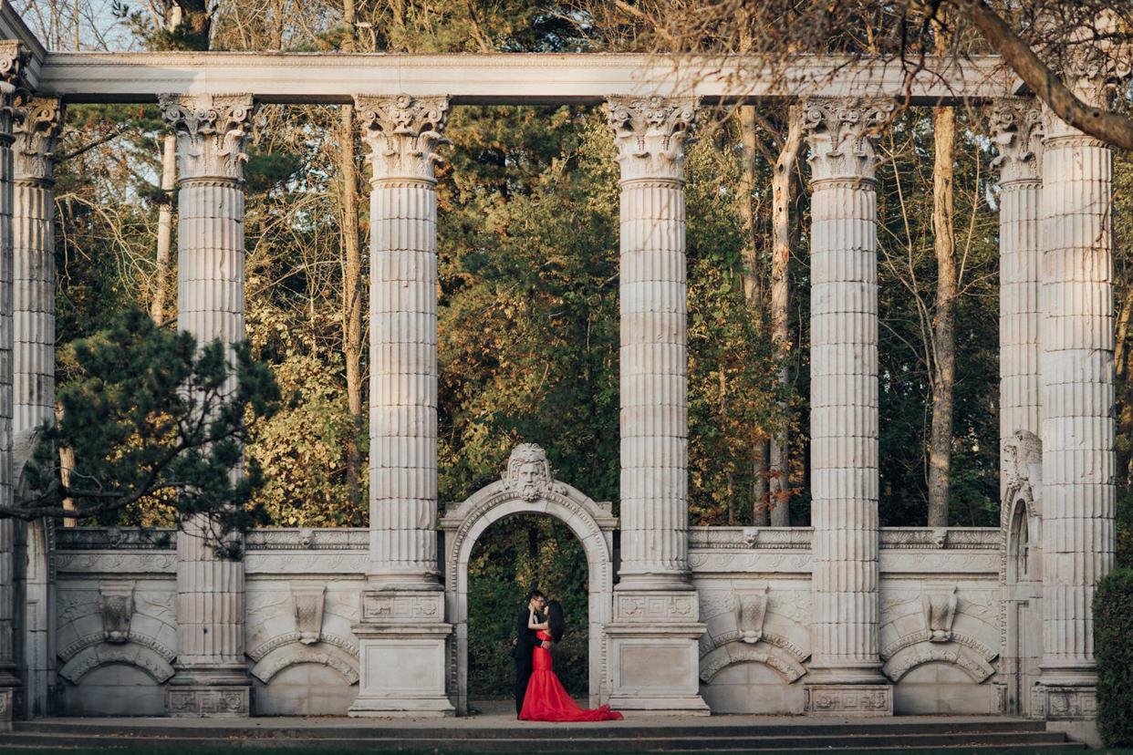 Guildwood Park Autumn Engagement Photo