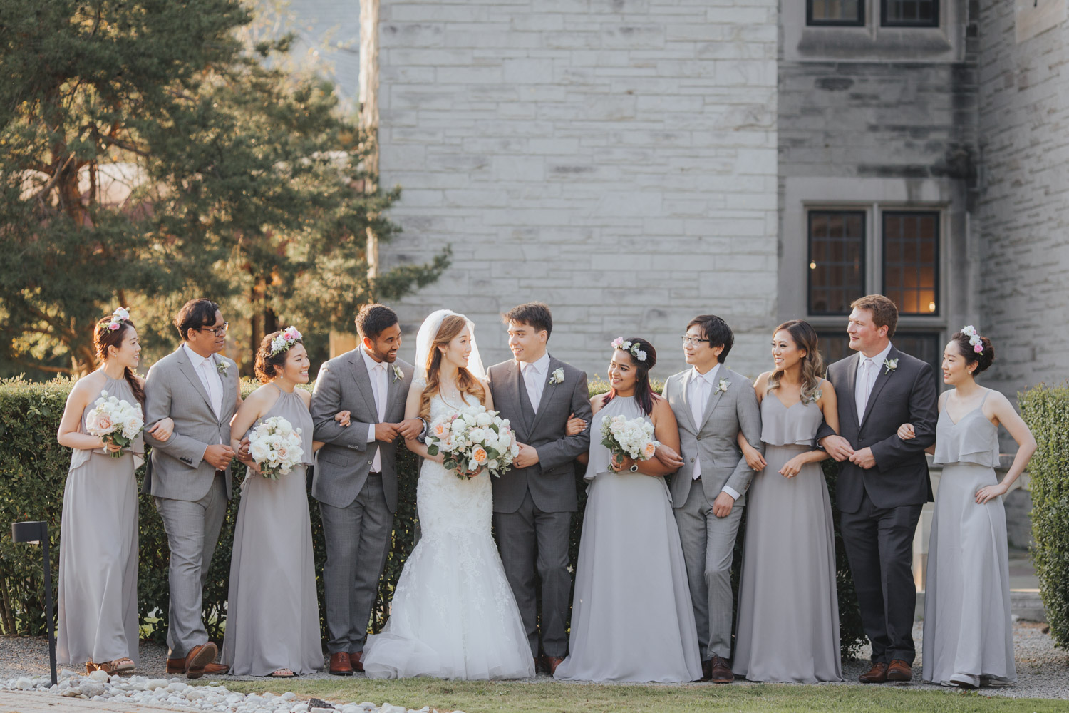 The entire wedding party at the Sunnybrook Vaughan Estate Wedding