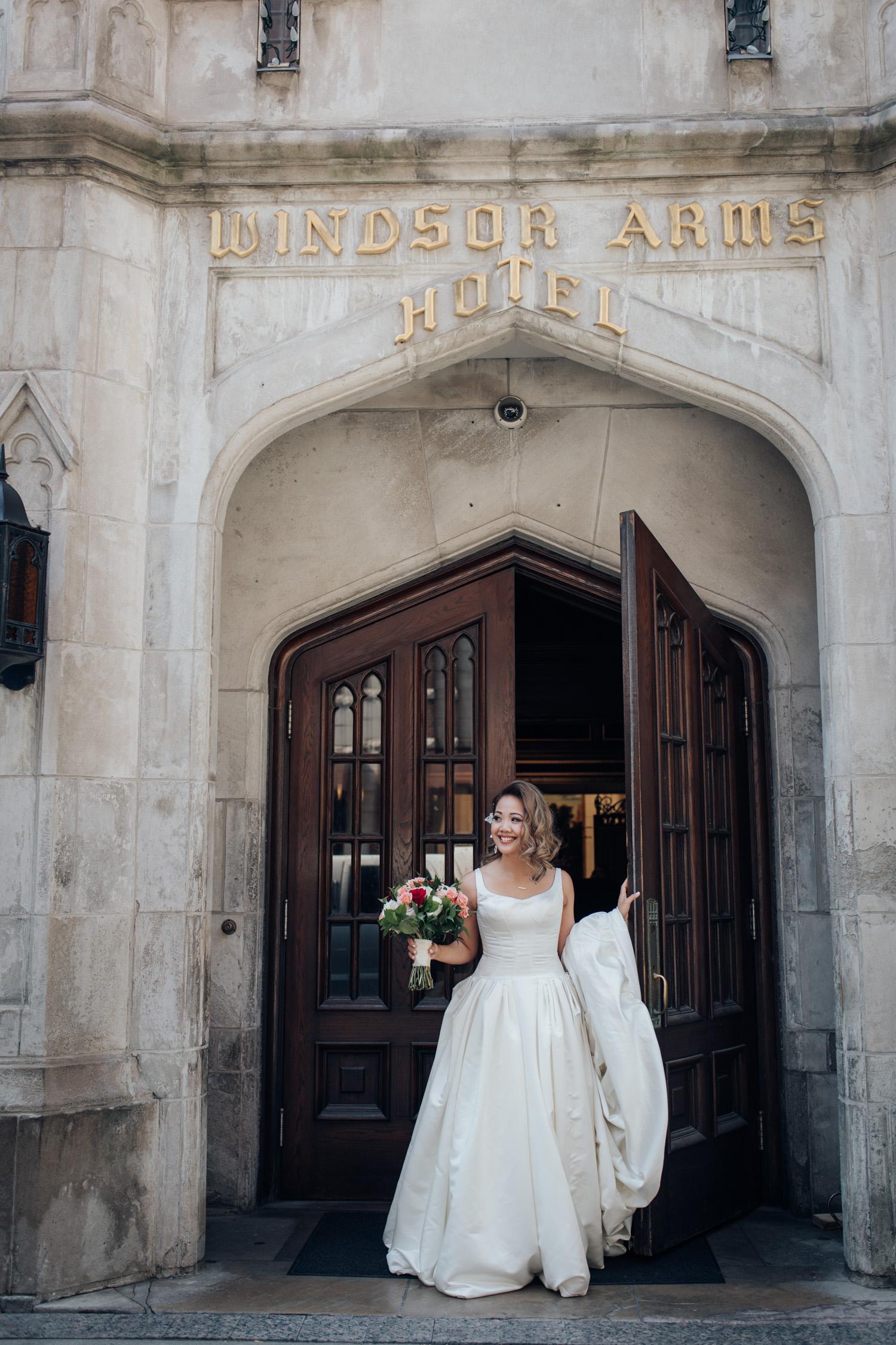 Windor Arms Hotel Wedding Photo