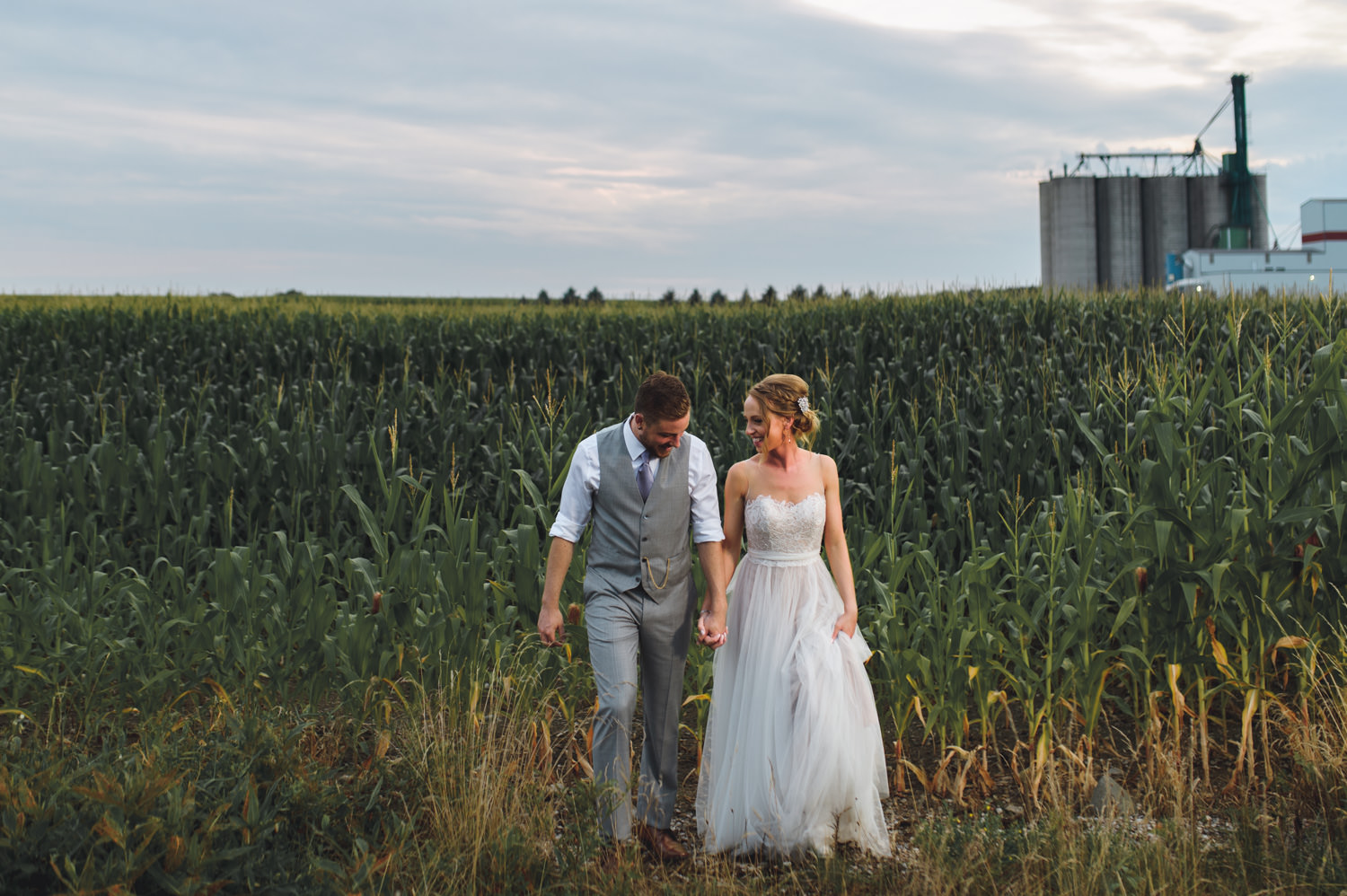 Elmhurst Inn Wedding Photo at the corn field