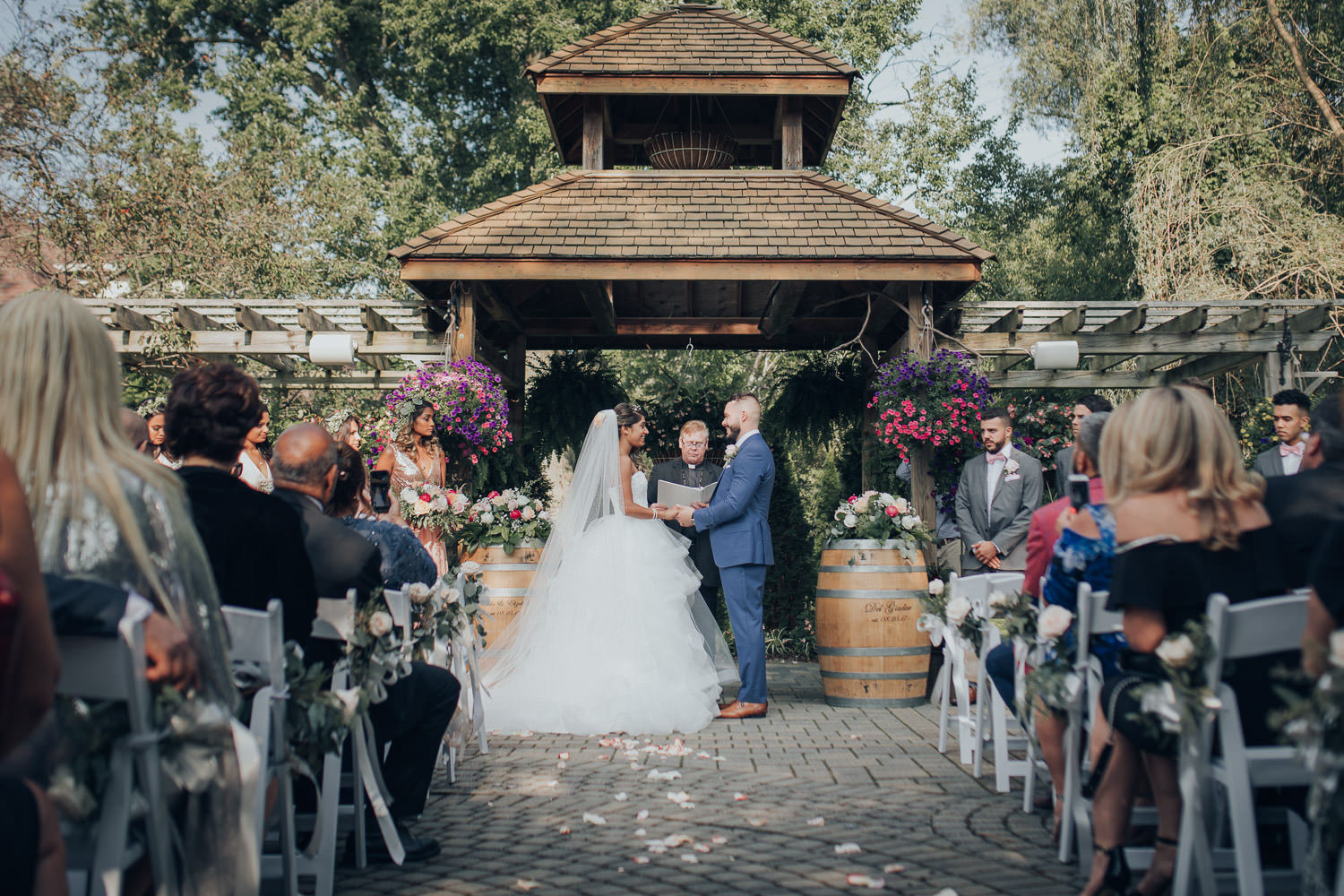 GTA Newmarket Madsens Wedding Photographer at the outdoor ceremony