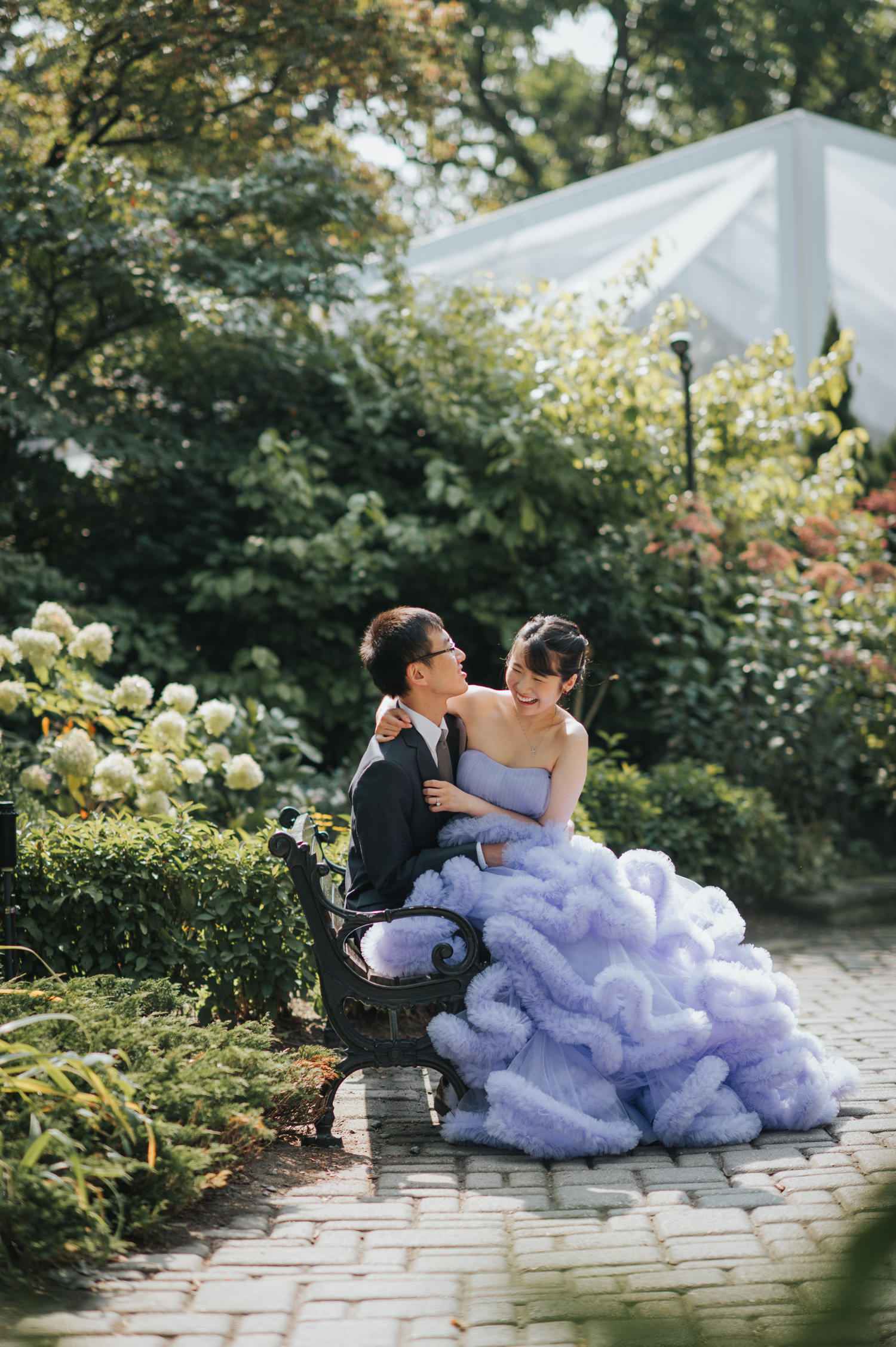 casa loma outdoor engagement photo session