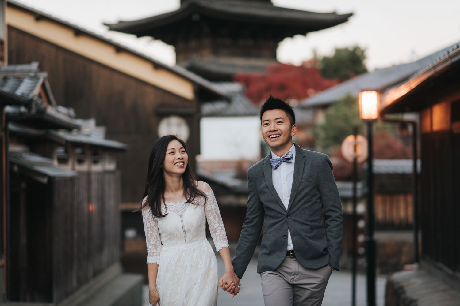 Kyoto Destination Pre Wedding Photo at the Yasaka Pagoda