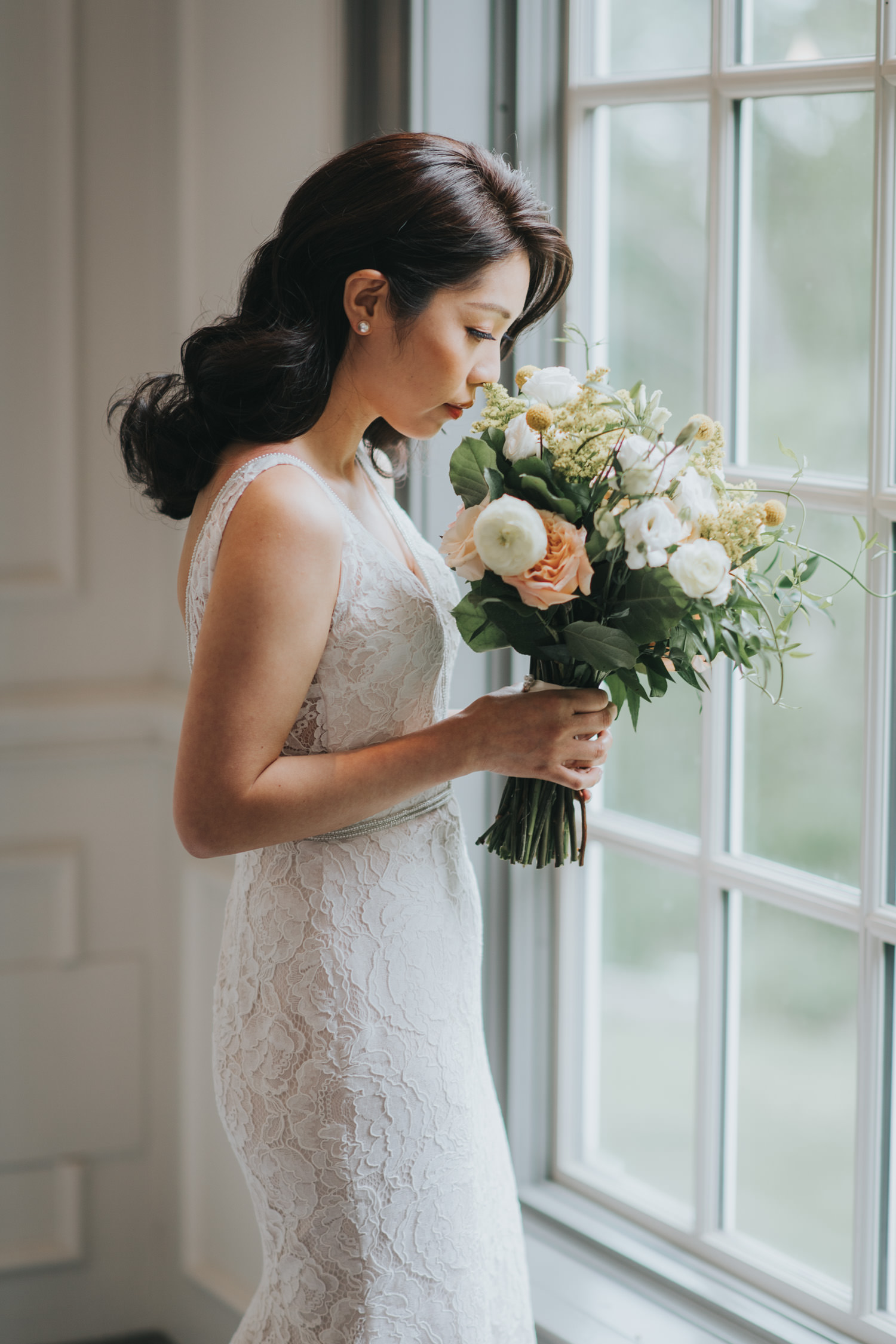 Doctor's House wedding bride getting ready floral bouquet