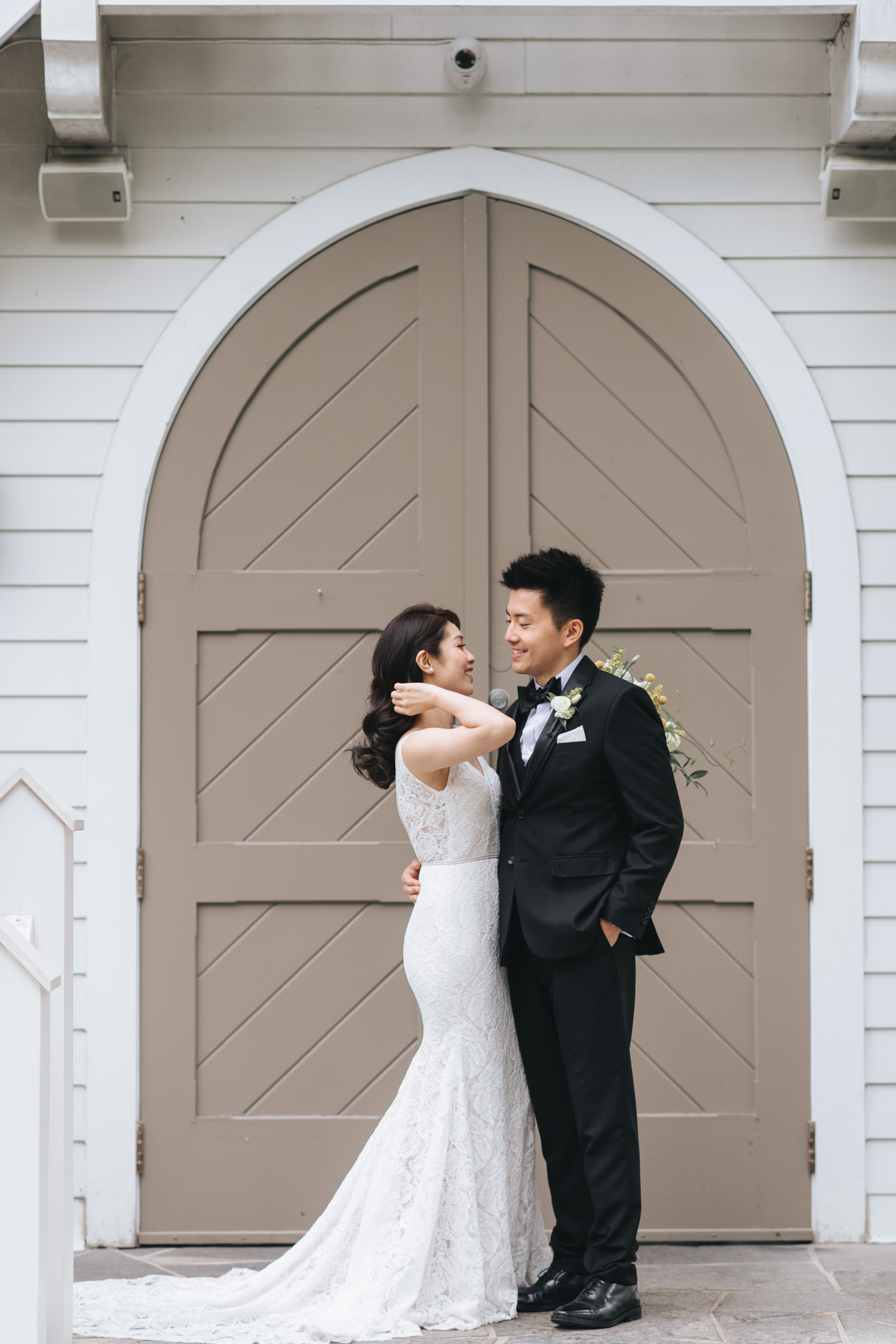 Doctor's House wedding portrait photo at cream white vintage chapel Kleinburg