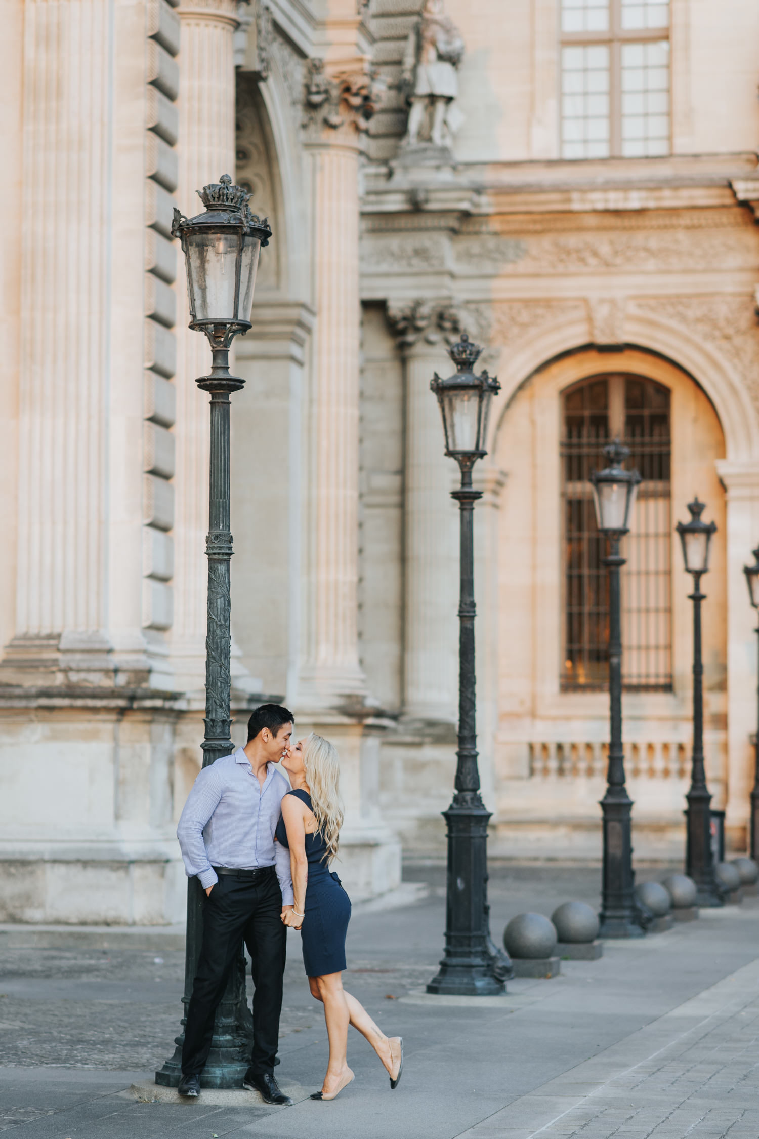 Engagement Photos at Louvre