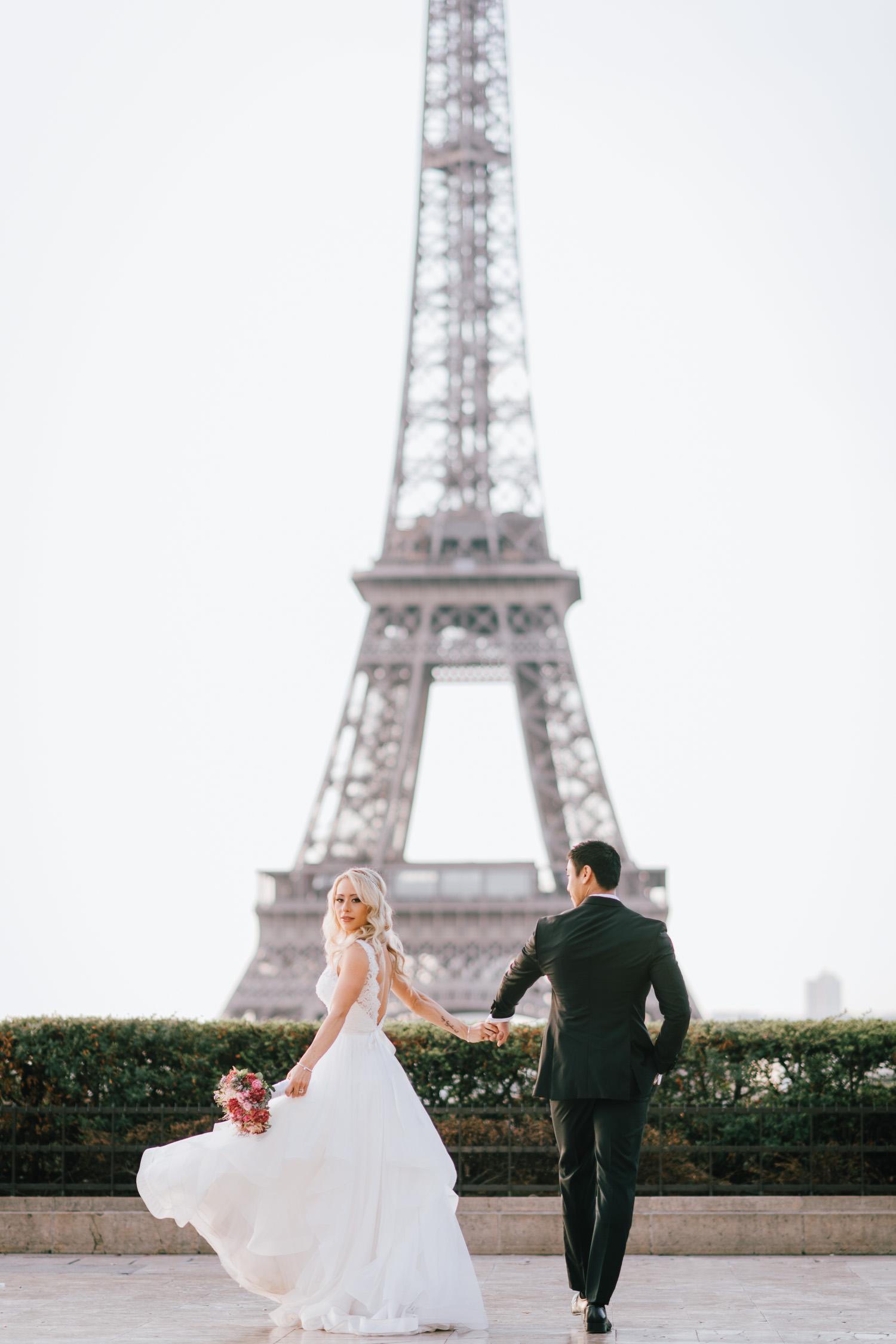 Modern Paris Elopement at Tracodero