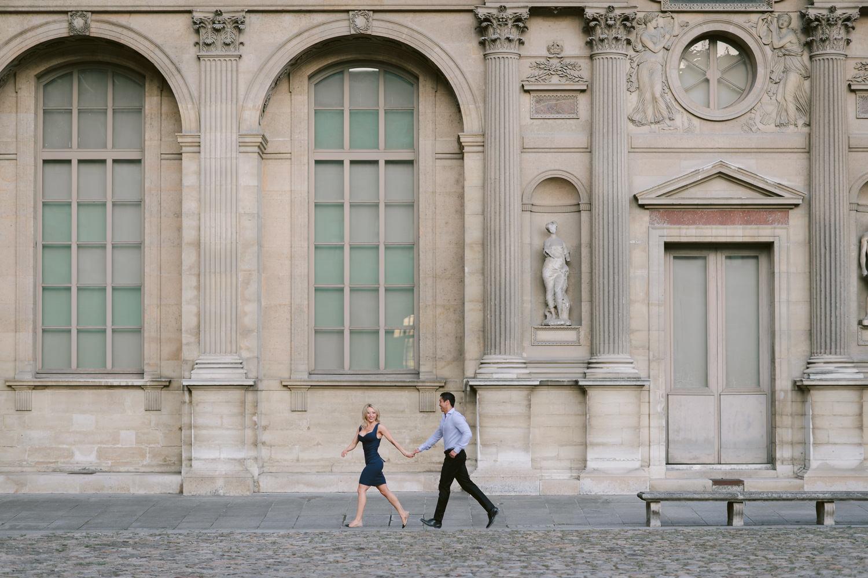 Paris Life style Photo shoot couple running