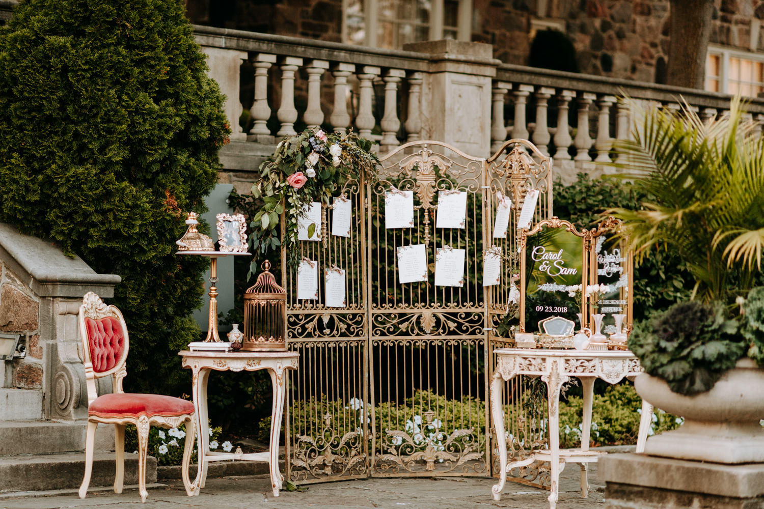 Graydon Hall Outdoor Wedding Decor