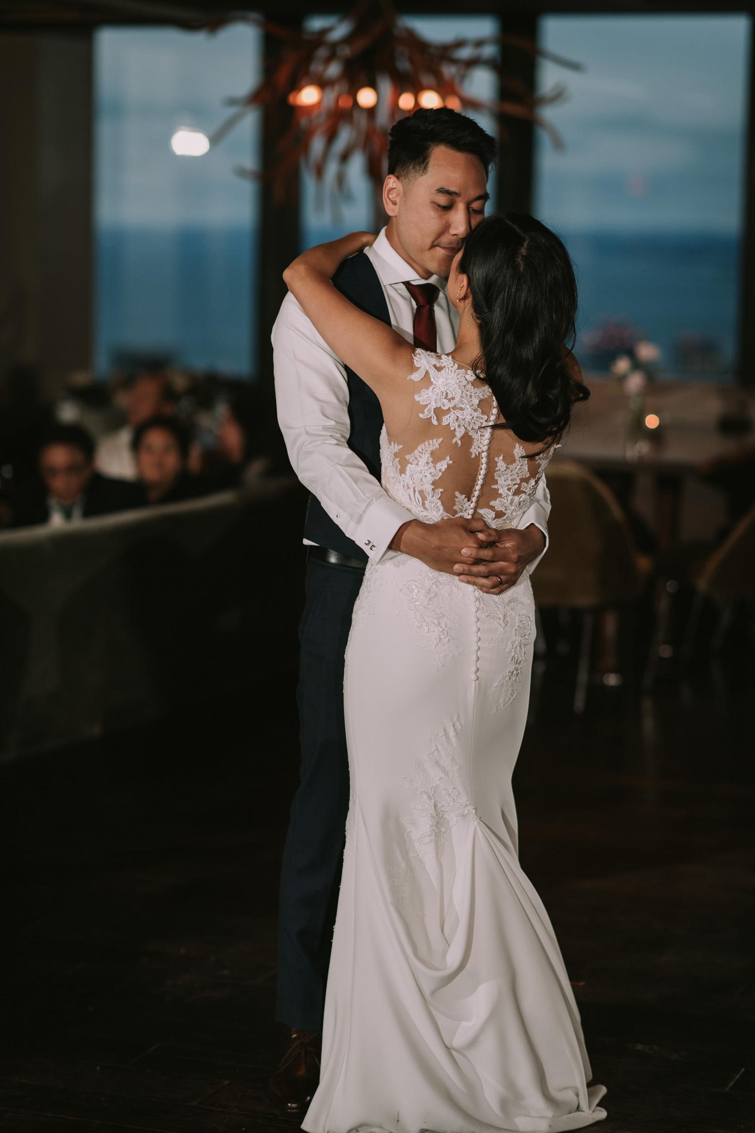 Canoe Restaurant Wedding First Dance
