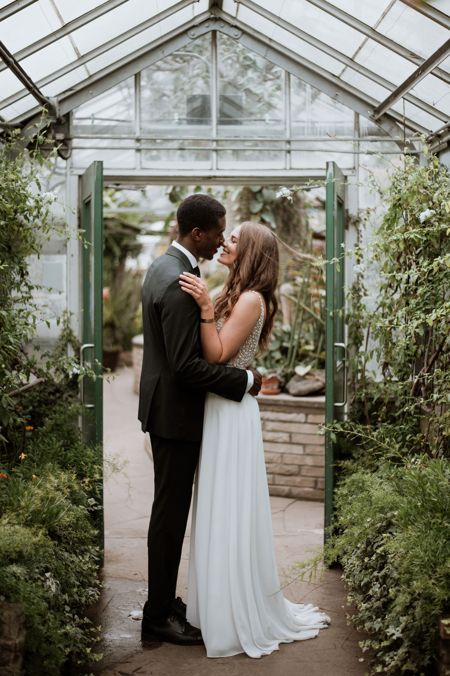 Allan gardens wedding photoshoot at the greenhouse