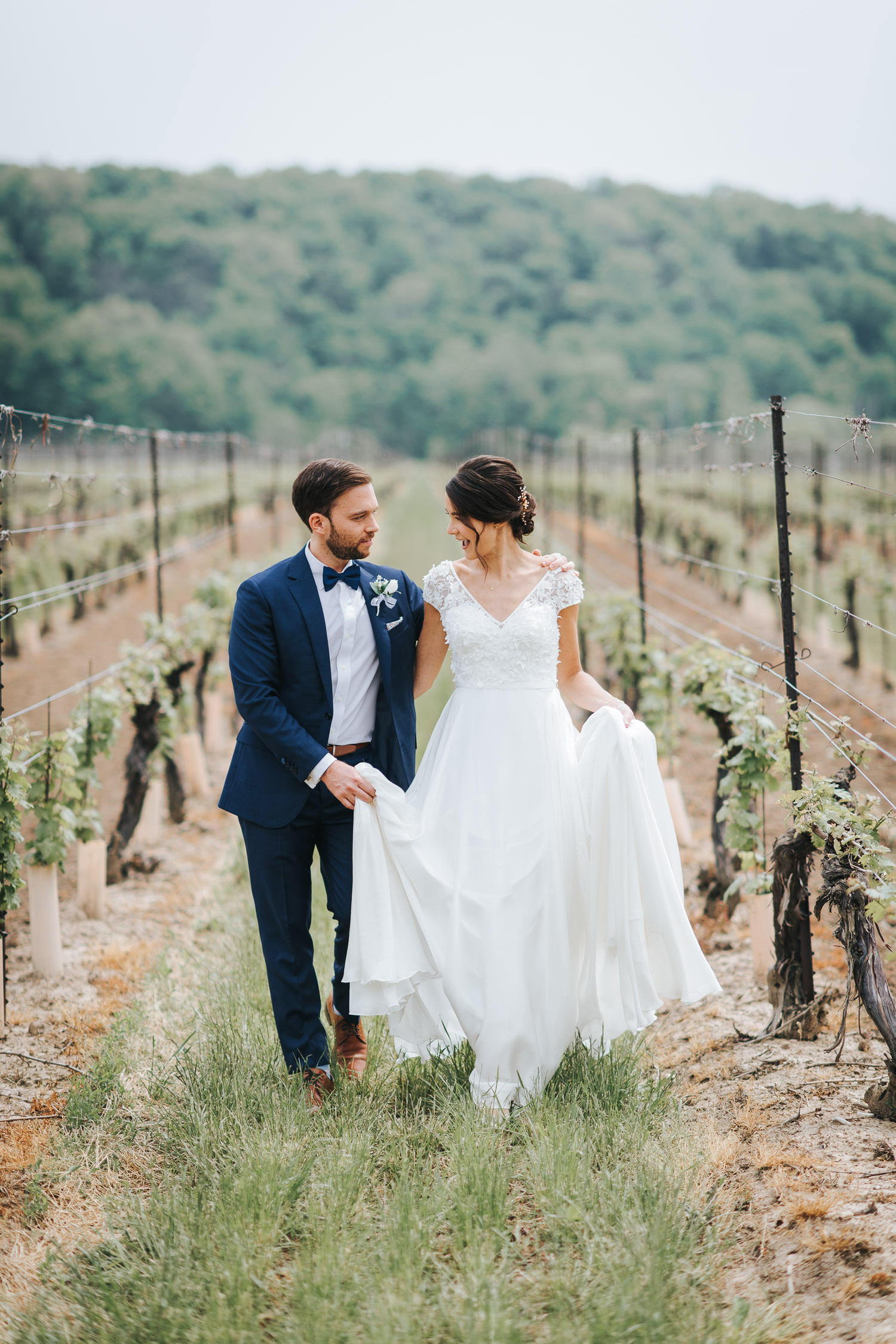 Cave Spring Vineyard Wedding Photo