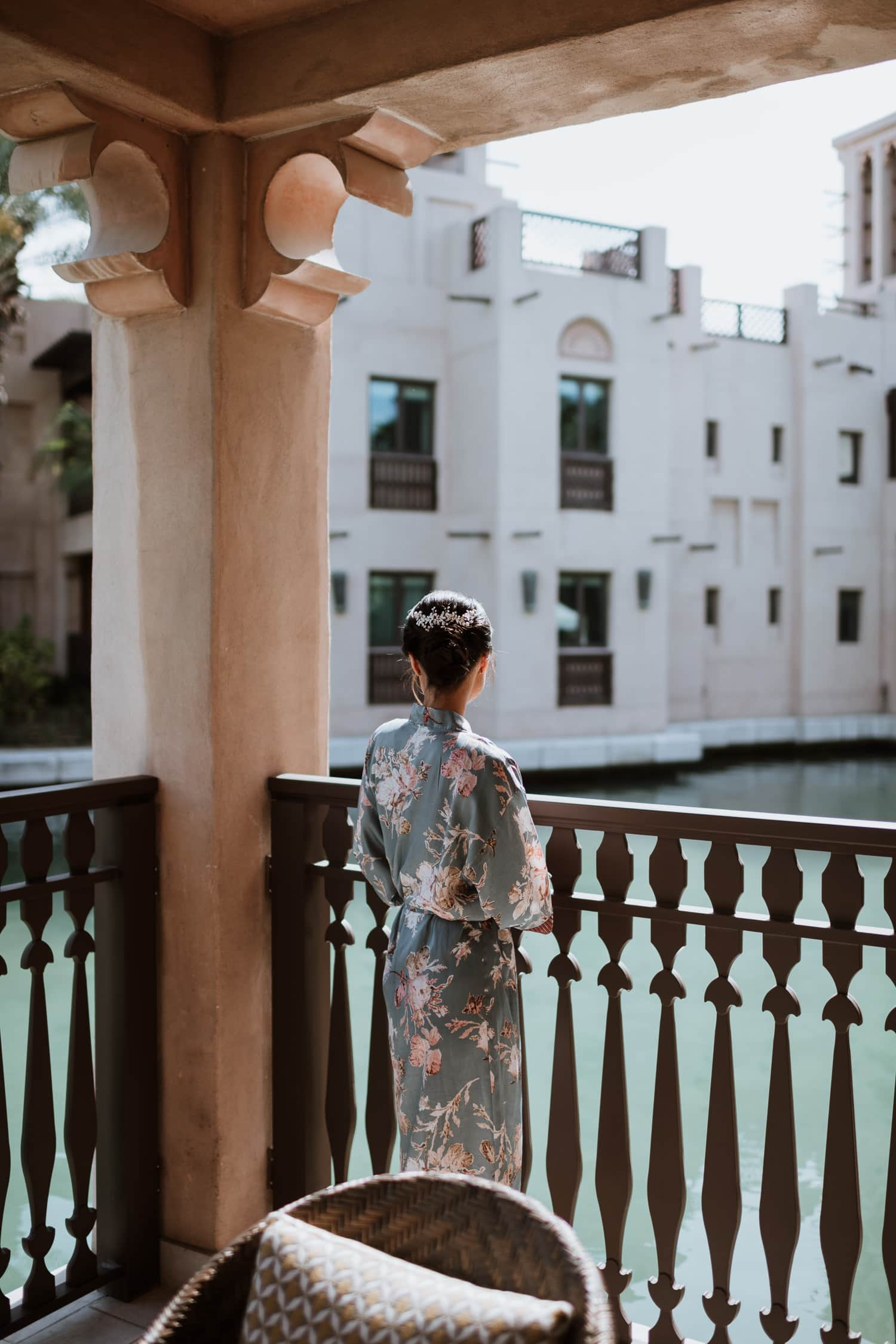 Luxury Dubai Wedding Bride Getting Ready Jumeirah Al Qasr